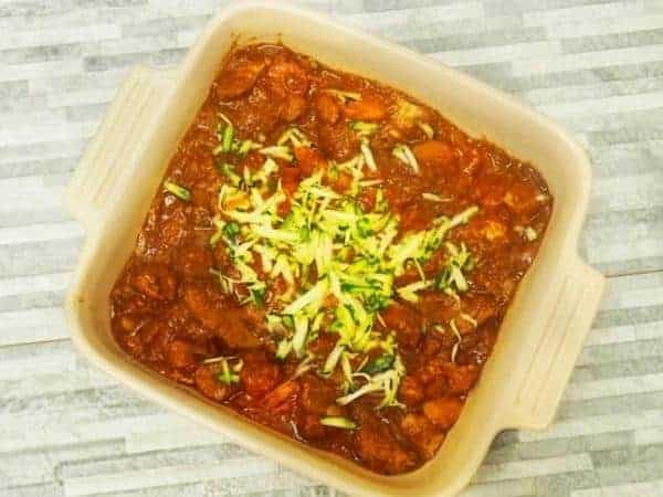 Turkey stew in a square bowl